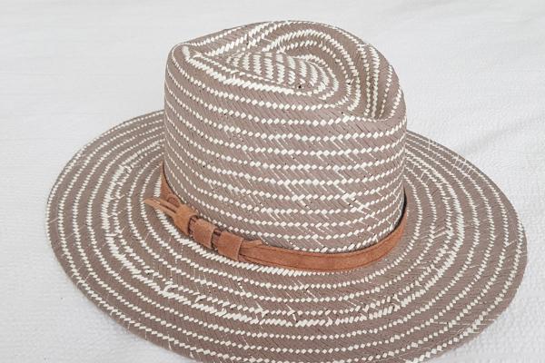 sombrero tostado
